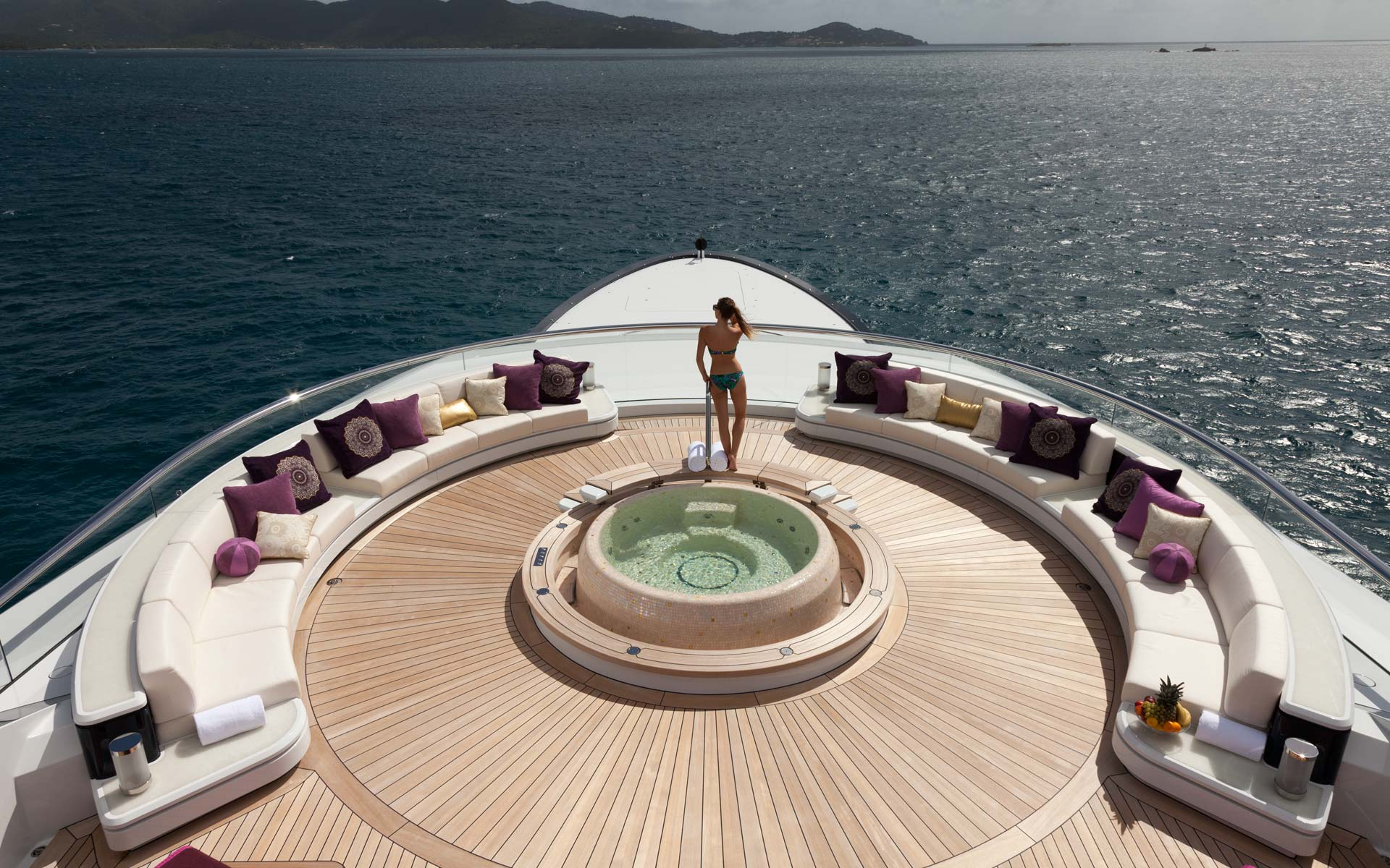 One of the best spots to enjoy the views while relaxing in the Jacuzzi