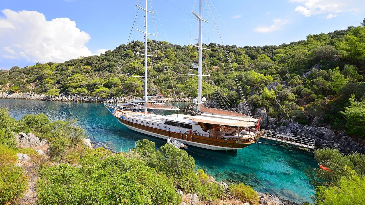 Luce Del Mare sailing yacht