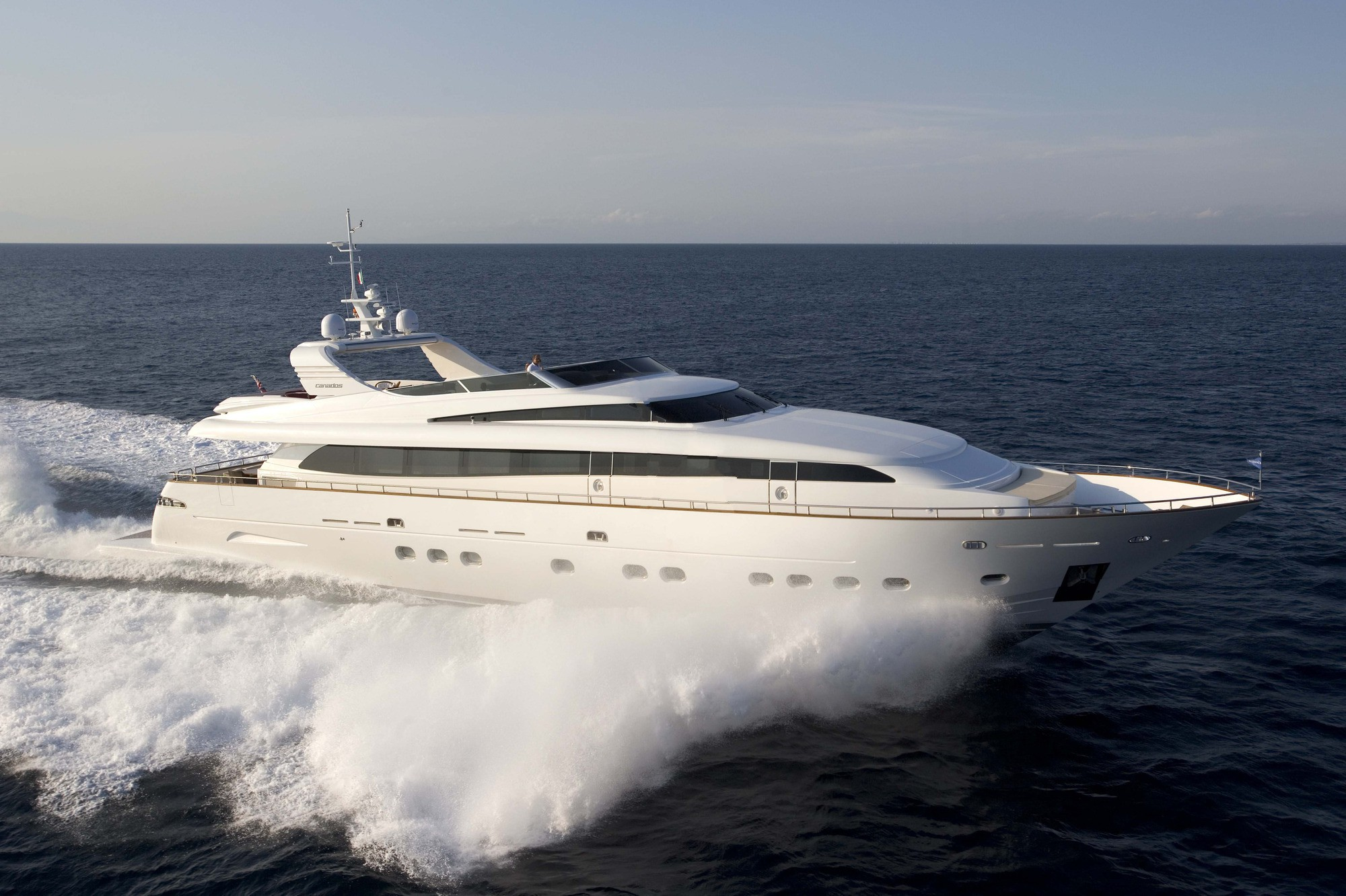 Motor yacht MAMMA MIA available in Greece