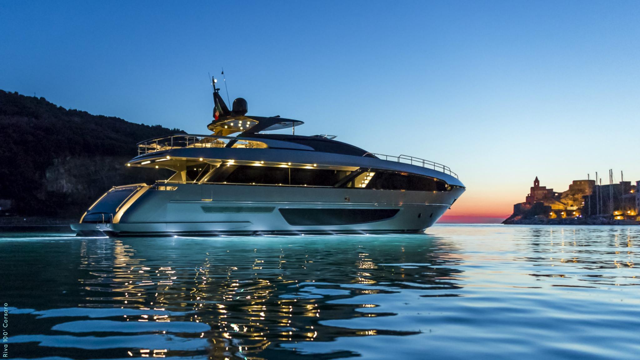 Riva Corsaro motor yacht