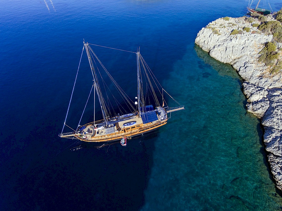 sailing yacht CAPRICORN 1
