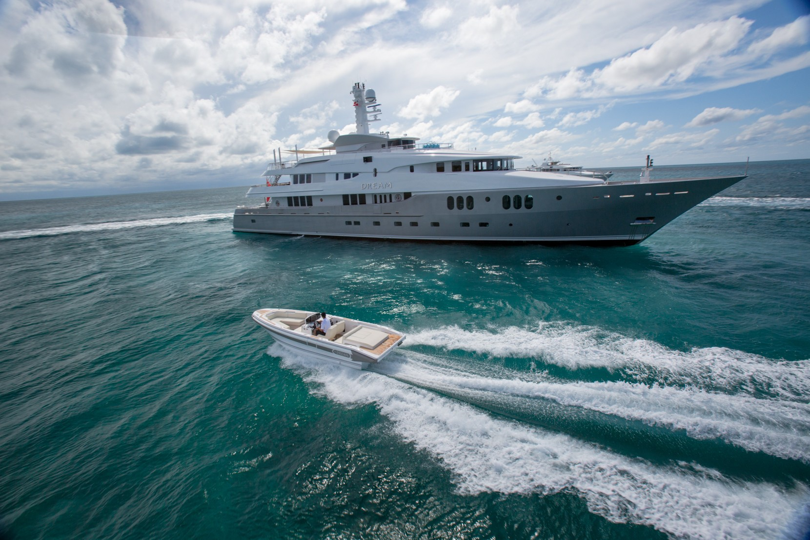 Charter yacht DREAM in French Polynesia