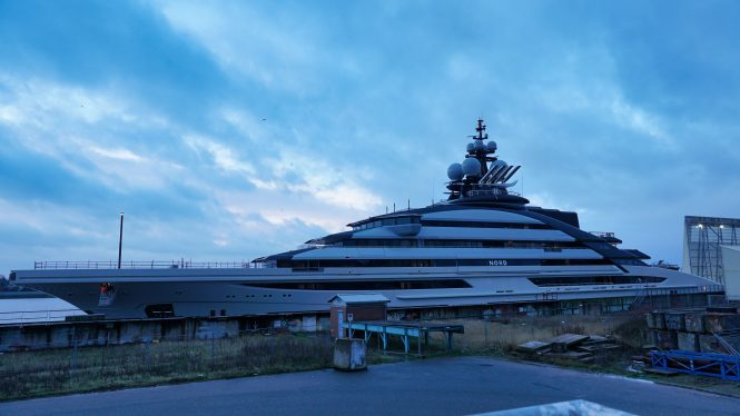 Mega yacht NORD floats our © DrDuu