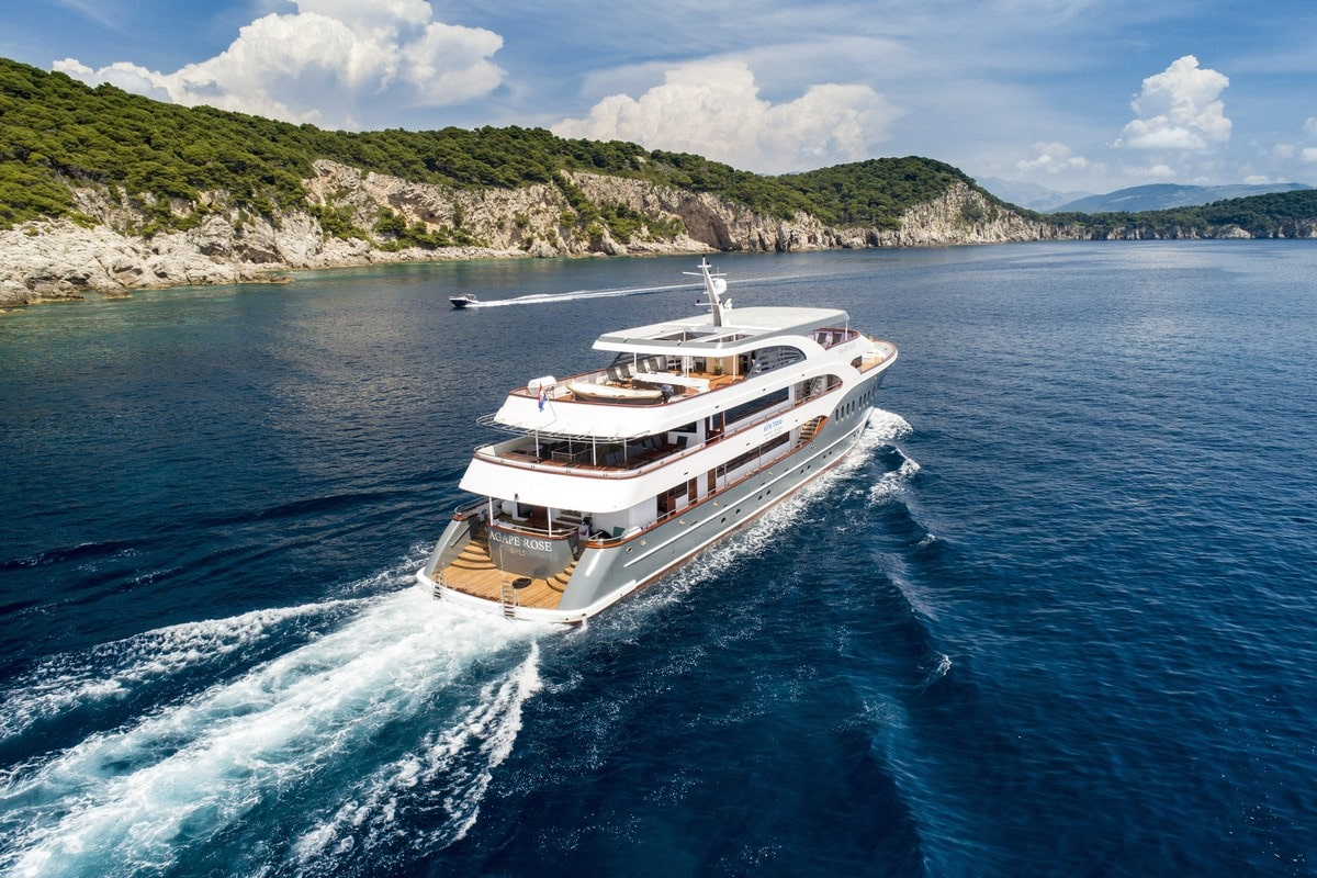 AGAPE ROSE yacht in the Mediterranean