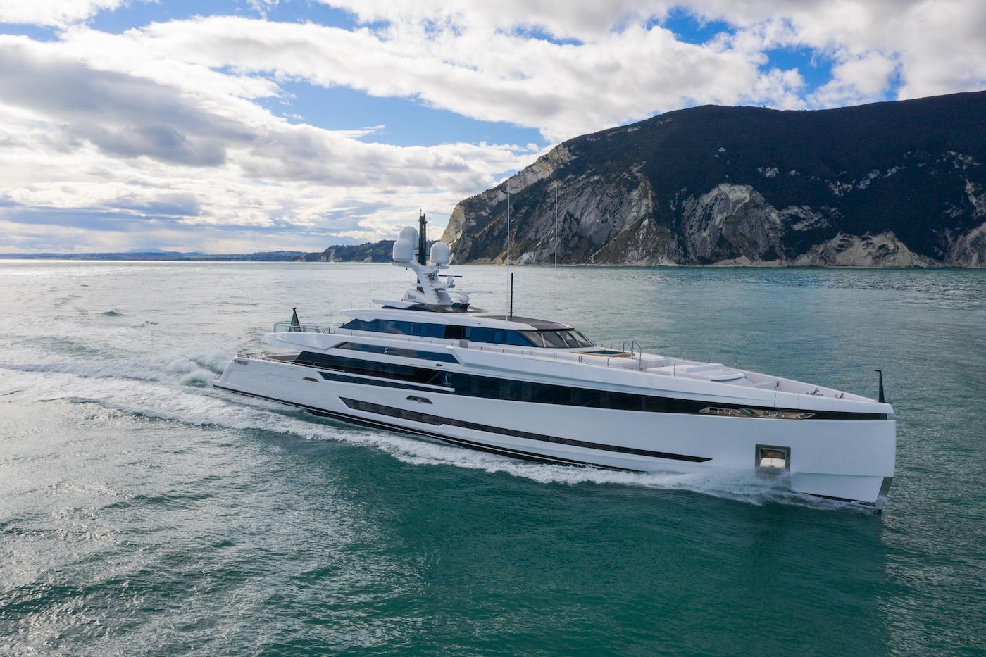 superyacht K2