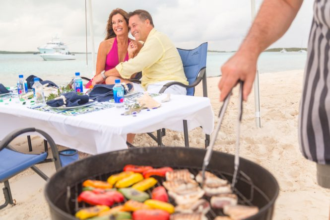 A relaxing beach barbecue - Lady J yacht © Quin BISSET