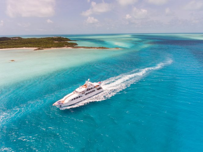 LADYJ superyacht cruising in the Bahamas © Quin BISSET