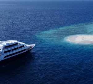 Incredible Deal: Charter luxury yacht SAFIRA in the Maldives with 40% discount