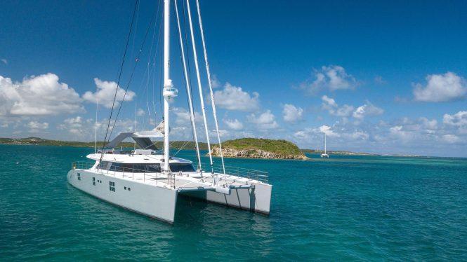 Sailing cat yacht CHE