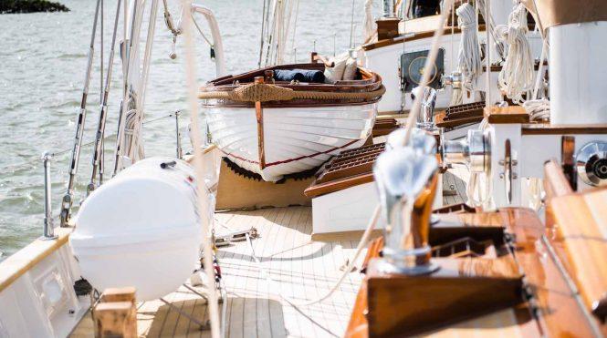 deck details © Photo Story Tailor