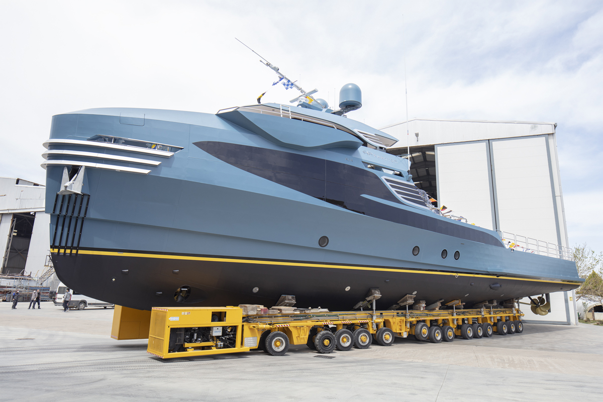 yacht support vessel PHI PHANTOM getting ready for launch © Alia Yachts