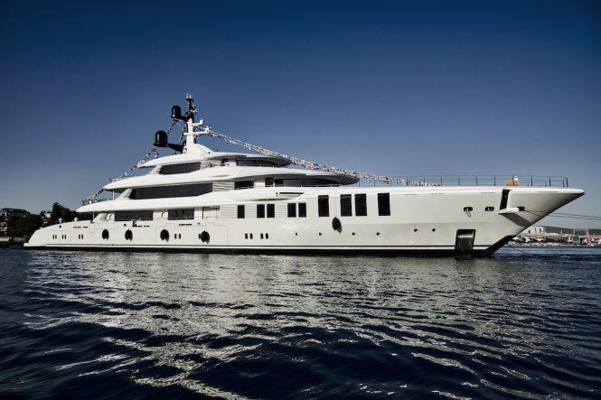 Luxury yacht ROE - NB66 by Turquoise Yachts © francisco martinez