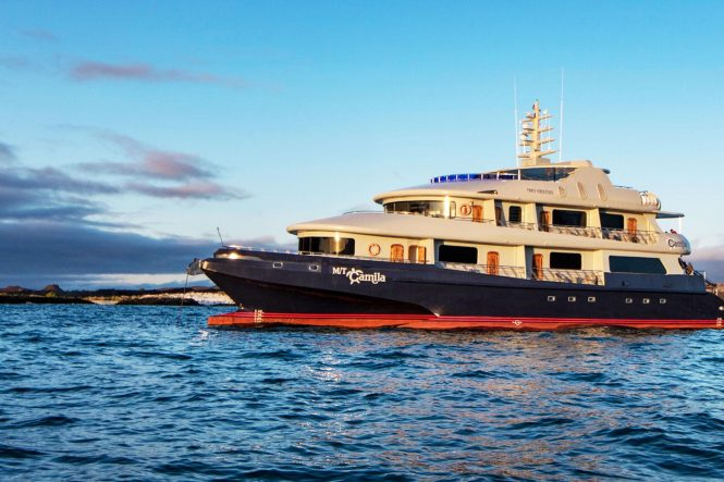 Trimaran yacht CAMILLA for charter in the Galapagos