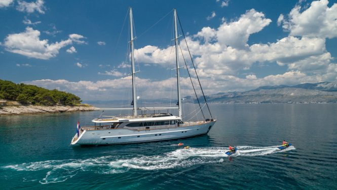 Luxury superyacht Navilux available for charter in Croatia