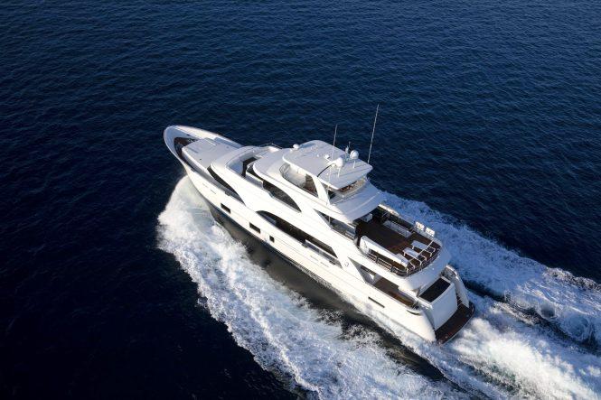 Motor yacht I C
