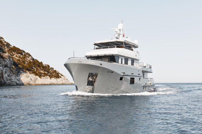 Bering yacht VERONIKA