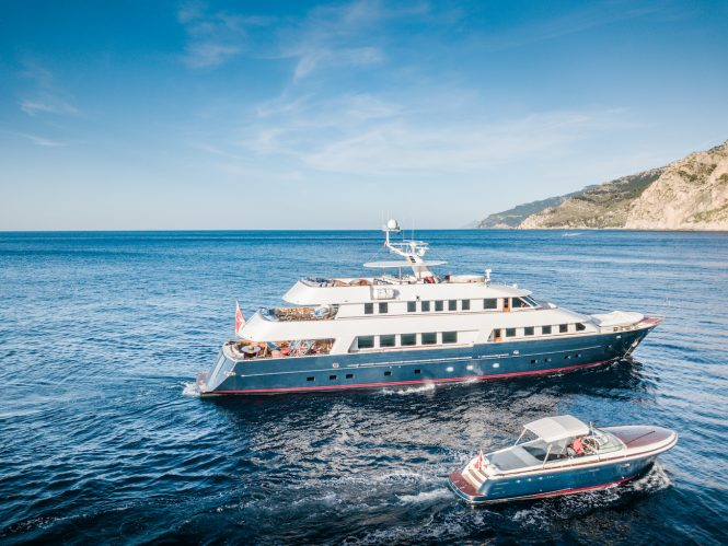 Luxury yacht CHESELLA available for charter