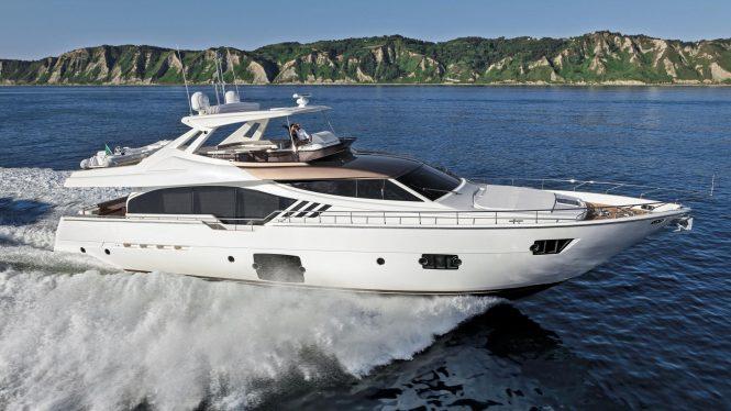 Ferretti 870 yacht - sistership