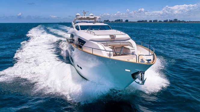 Motor yacht MIRRACLE